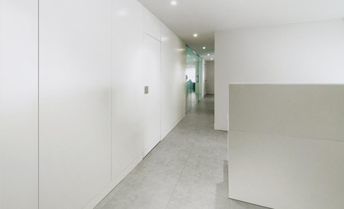 AQSO Zurbaran clinic, corridor