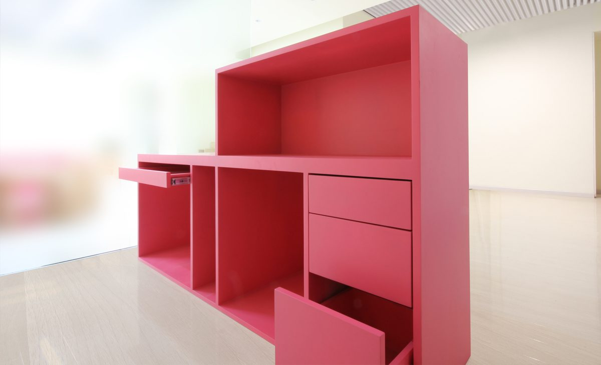 AQSO Ivy foundation, counter detail, overlaped volumes, keyboard tray, drawer, concierge, reception