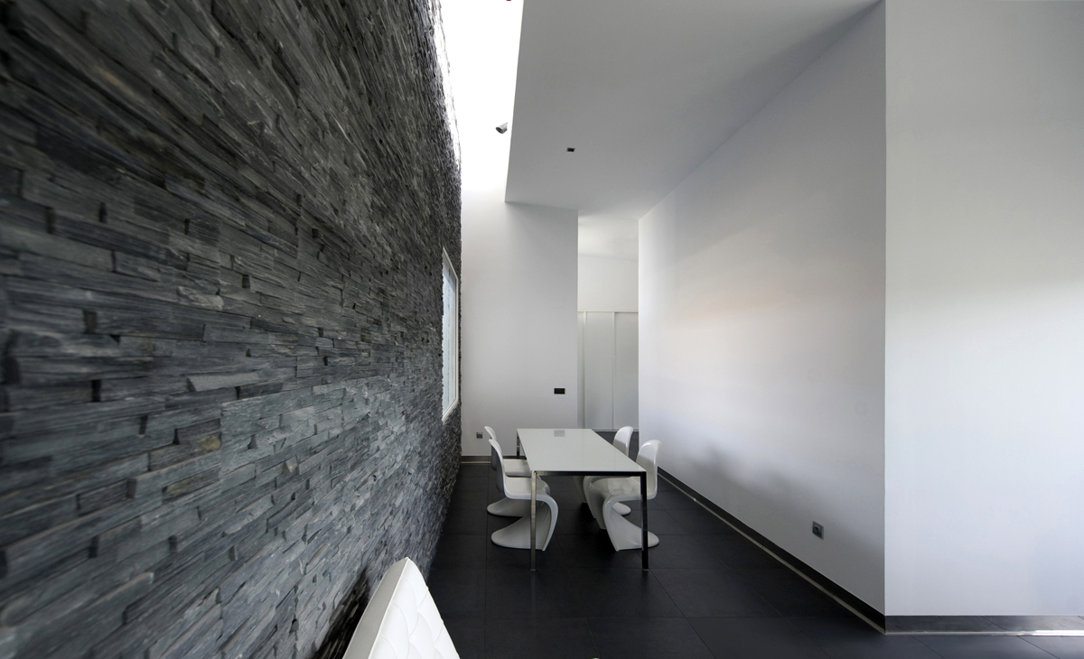 aqso, residential, interior, dining room, roof-light, slate, stone, wall, Panton stacking chair, Verner Panton